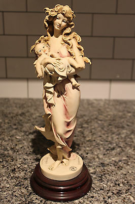 "Giuseppe ARMANI Sculpture ""Loving Arms"" Mother Child 1993 Events Figurine MINT"