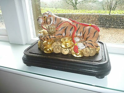 VINTAGE Chinese Bronze Year Zodiac Wealth Cai Fierce Feral Tiger Statue carving