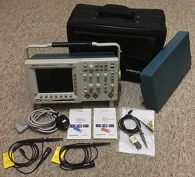 Tektronix Oscilloscope TDS3032B + case + three probes.  UK Seller. VGC.