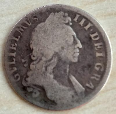 1696 William III Silver Shilling. (A98)