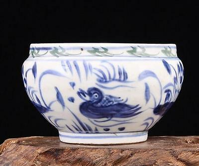 chinese ancient Blue and white porcelain sculpture Mandarin duck pot