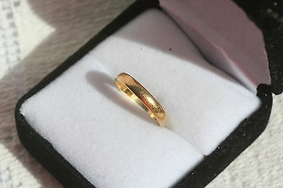 Vintage 1970s 22 Carat 22ct Yellow Gold Wedding Band Ring