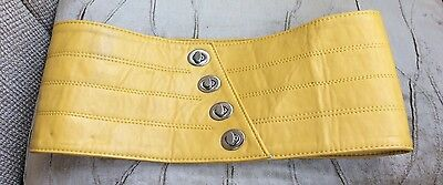 BRAND NEW WITHOUT TAGS YELLOW FAUX LEATHER XL WAIST BELT Size XS/S