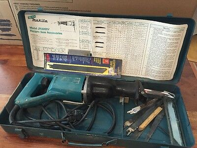 Makita Reciprocating Saw JR3000V Speed Saw W Case/Blades (HN)