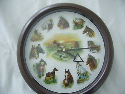 HORSE CLOCK 10 inches with HORSE SOUNDS HORLOGE CHEVAUX avec SON de Chevaux