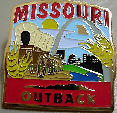 J4279 Outback Steakhouse Missouri hat lapel pin