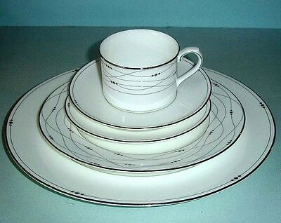 Royal Doulton Precious Platinum 5 Piece Place Setting New In Box