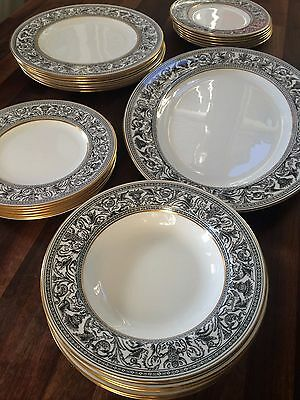 Wedgwood Florentine Black and Gold Dinner service