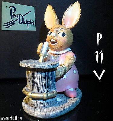 NEW Pendelfin Bette Barmaid, bartender pub figurine rabbit Bunny w/ Box