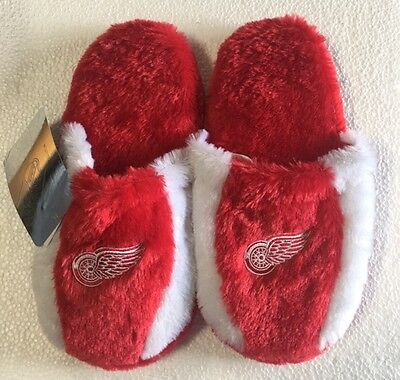 Detriot Red Wings Fuzzy SLIDE SLIPPERS New - FREE USA SHIPPING