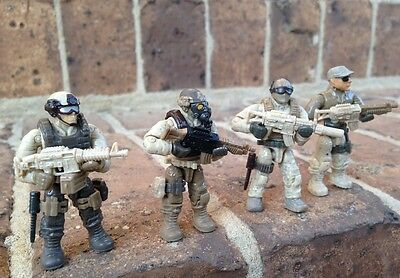 Mega Bloks 06825 Call of Duty Desert Troopers Figures #2,  3, 4, & 5
