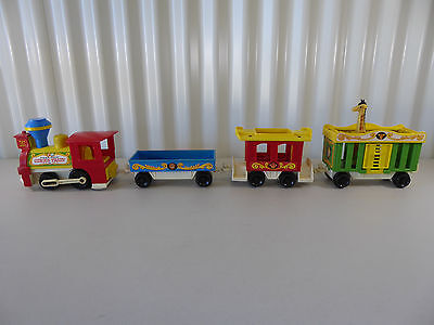 """Vintage FISHER PRICE Little People """"Circus Train"""" with Giraffe"""