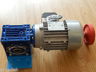 Motorvario Reduction Gearbox With 3 Phase Motor 0.37KW [R2A]