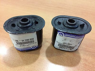 GENUINE CHRYSLER 2 Rear Leaf Spring Bushing Voyager & Grand Voyager RG 2001/2007