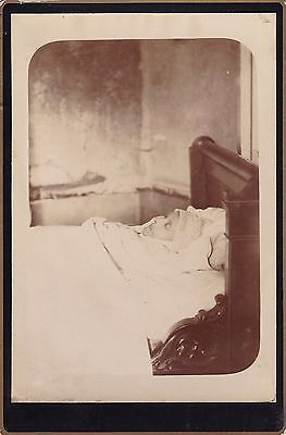 Antique Cabinet Card, Post-Mortem Photo Of Lady - Memento Mori, Death, Mourning