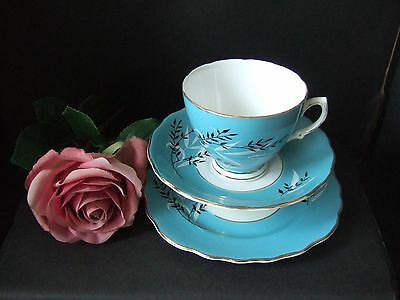 Vintage COLCLOUGH Pretty Turquoise Leaf Design  Bone China Trio Wedding Party