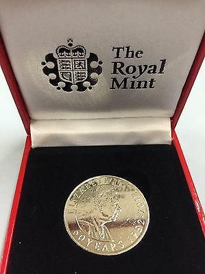 2012 Royal Mint Queen's 60th Diamond Jubilee Commemorative Coin/Medal - Boxed