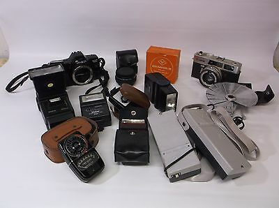 Bulk Lot Of Photography Pieces All Items in Photos One Lot Great Price Cameras