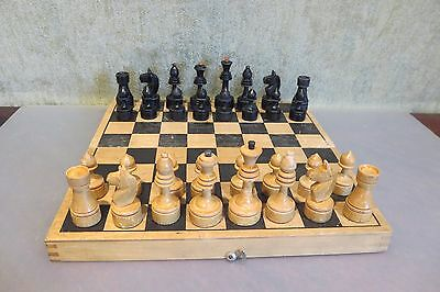 Vintage 1960s USSR СССР Soviet Wooden Chess Set with board (1)