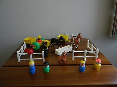 Vtg Fisher Price Little People FARM 915 ACCESSORIES TROUGH HARNESS