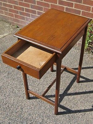 Edwardian antique Arts & Crafts Cotswold style solid oak 1 drawer lamp table