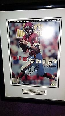 1993 KC Chiefs JOE MONTANA Signed Sports Illustrated FRAMED 111/300-UDO22615