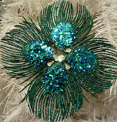 Stunning Peacock Feathers Christmas Ornament Decoration Green Glitter & Jewels