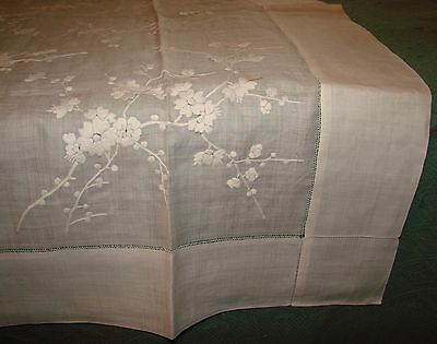 Antique Victorian Fine Linen Floral Embroidered Tablecloth - White - Mint