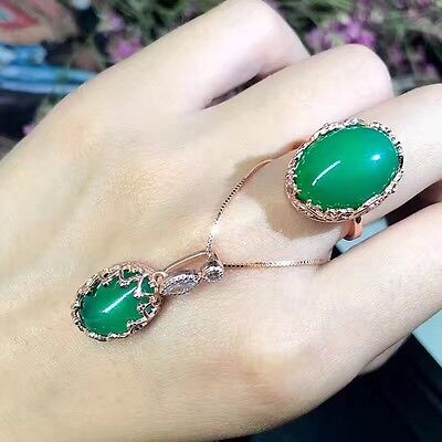 A set of natural chrysoprase 925 silver Adjustable wedding ring and necklace
