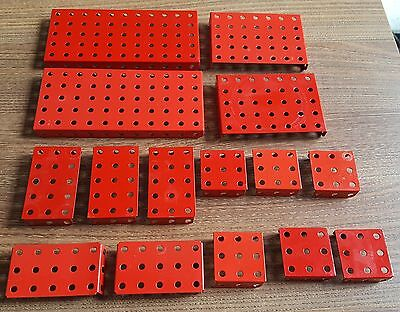 Meccano post 1980 red selection of flanged plates