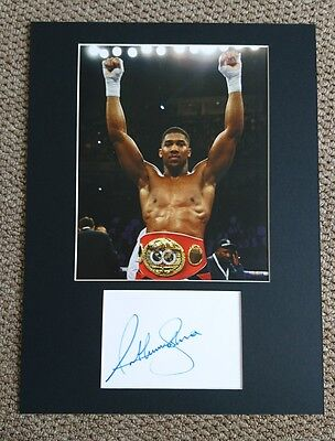 Boxing Anthony Joshua signed 16x12 card display AFTAL PROOF