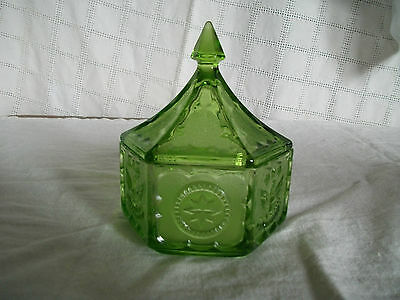 Indiana glass Tiara Colonial Eagle & star green candy dish