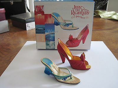 "Just The Right Shoe By Raine ""join The Club"" 2002 Coa"