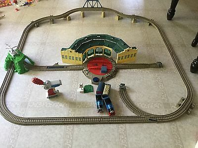 TRACKMASTER Thomas & Friends: Tidmouth Sheds, RC Thomas, Large lot, HTF!