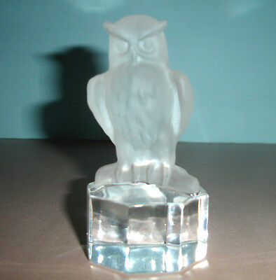 Goebel Frosted Crystal Owl Figurine Paperweight Art Glass Vintage 1985