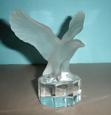 Goebel EAGLE IN FLIGHT Frosted Crystal Art Glass Figurine Paperweight '87