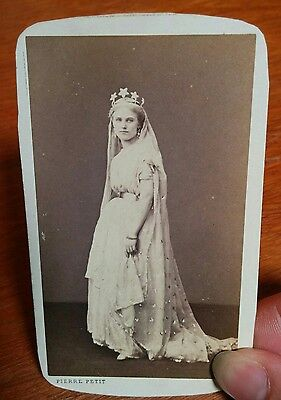 Victorian CDV Pierre Petit Paris France beautiful young woman actress in costume