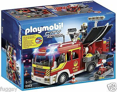 PLAYMOBIL Fire Engine with Lights and Sound City Action 5363   NEW