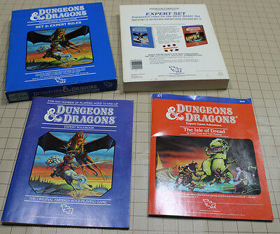 D&D Vintage Expert Rules Set - Frank Menzter - from 1983 Very Nice Boxset !!