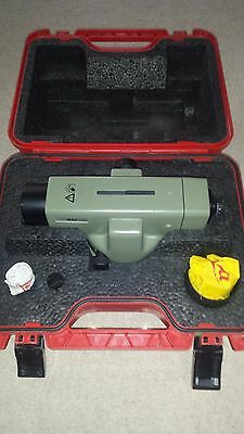 Leica  NA2 automatic precise level.Top condition.Calibrated