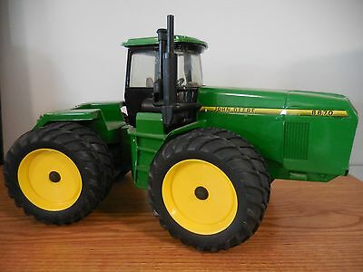 Ertl 1/16 John Deere 8870 4X4 With Dualls Farm Toy Collectible