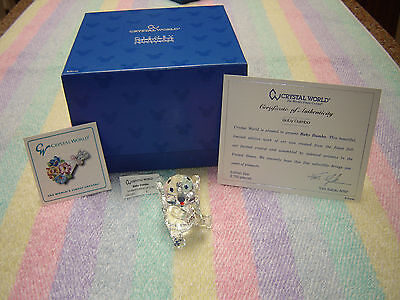 Crystal World   BABY DUMBO  Disney Showcase Collection DSC023 New in Box