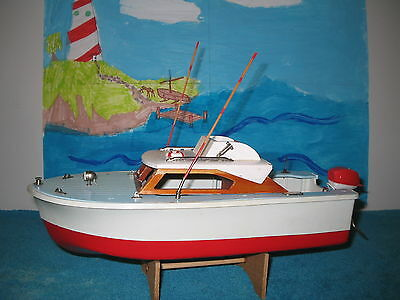 UNION CRAFT Cabin Cruiser Vintage toy boat model with Outboard Motor from Japan