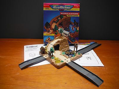 Micro Machines Hiways and Byways Wildcat Canyon boxed good canyon do lince rare