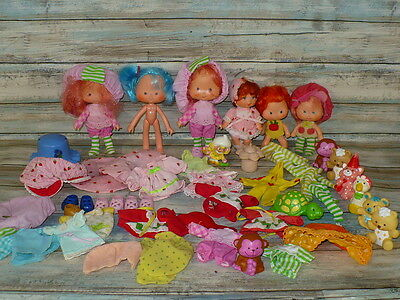 Vintage STRAWBERRY SHORTCAKE DOLL & PET Lot Clothing Combs Mini Figure 61 pieces