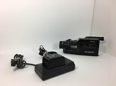 PARTS Sony Handycam CCD-F70 Video 8 camera, Not Working W/Charger