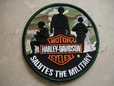 """HARLEY DAVIDSON """"SALUTES THE MILITARY"""" PATCH - Camo Soldier 2012 - USA"""
