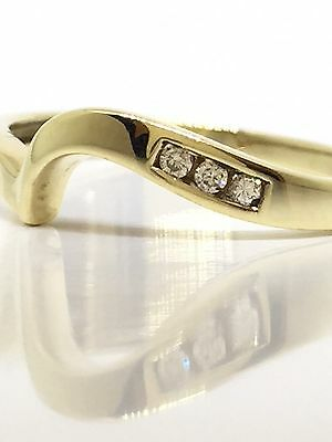SOLID 9K 375 Yellow Gold & Diamond Band Ring Size 8 1/4