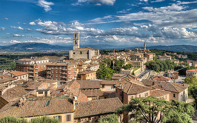 A Real Italian holiday - real Italy with cookery classes & wine tasting