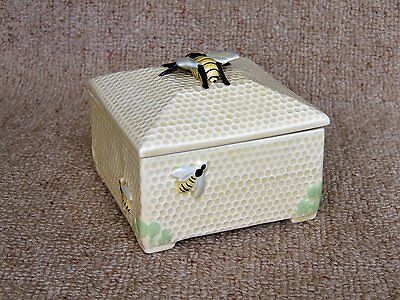 1930's Honeycomb Box honeypot by Fieldings Crown Devon 558